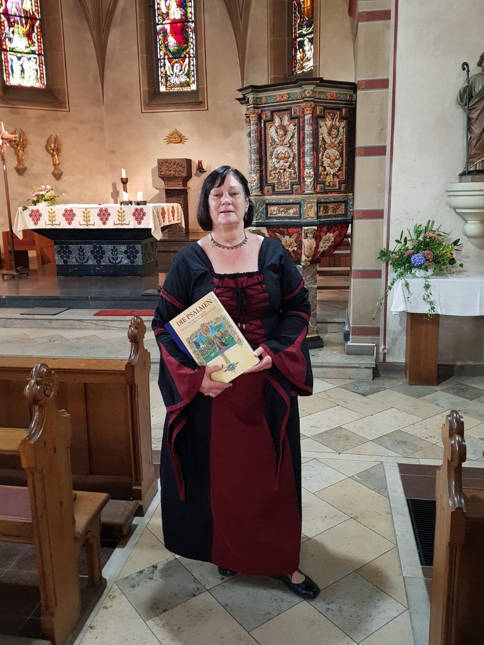Kirchenführerin Anne Schultze aus Lennestadt